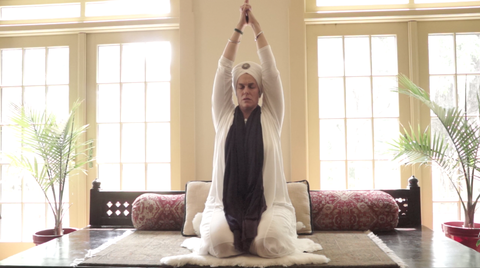 Reach To The Heavens Sat Kriya For 22 Minutes